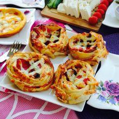 Keyifli lezzetler,Pratik tarifler: YUFKA PİZZASI