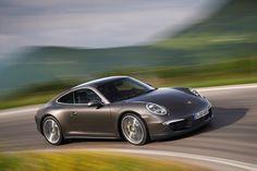 2013 Porsche 911 Carrera C4S.