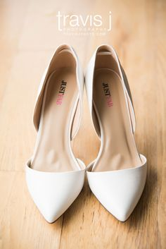 White Wedding Shoes, pointy toe, Travis J Photography, Colorado