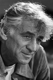 Leonard Bernstein became one of the most successful musicians in American history, conducting the New York Philharmonic for years and composing for the musical theatre, including MASS, West Side Story, Candideand On the Town. West Side Story, Music Lesson Plans, Music Lessons, Comedia Musical, Classical Music Composers, Leonard Bernstein, Musical Theatre, Music Artists, Orchestra
