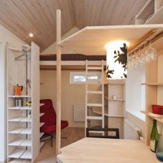 A tiny student's flat has all of the necessities in under 100 square feet!