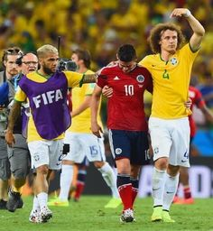 Observations from Brazil vs Colombia. #DaniAlves #David Luis #James Rodrigues #football #soccer #worldcup