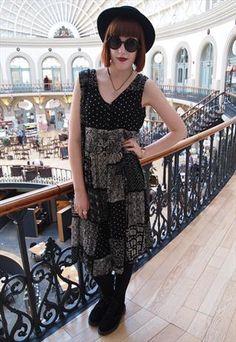 90s floral button up grunge dress £20