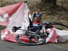 TOUR DE FRANCE STAGE ONE GALLERY Johnny Hoogerland's crash was a sign of things to come