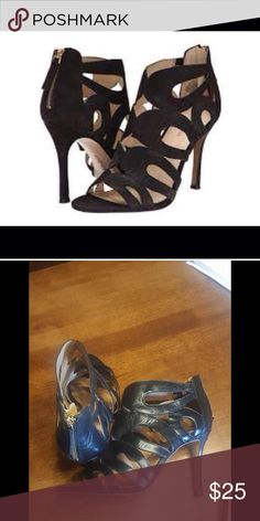 """Nine West Black Flora Caged Leather Heels 9M Leather pump featuring back zipper and elaborate cutouts Heel measures approximately 4"""" Shaft measures approximately 4.25"""" from arch Manmade sole Leather Upper.   Same day shipping on purchases made before 2PM PST. All reasonable offers considered. Nine West Shoes Heels"""