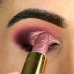 Chip-Make-up Makeup - makeup products - makeup tutorial - makeup tips - Source makeup for brown eyes Makeup Eye Looks, Eye Makeup Steps, Beautiful Eye Makeup, Cute Makeup, Eyebrow Makeup, Skin Makeup, Eyeshadow Makeup, Shimmer Eyeshadow, Perfect Makeup