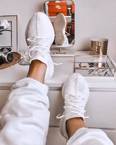 Adidas yeezy triple white Adidas:-best quality sneaker Quality gurantee all size avail Best running shoes😍😍😍 With box 🔥🔥🔥 shoes store Collector Yeezy Sneakers, Moda Sneakers, Sneakers Mode, Sneakers Fashion, Fashion Shoes, Shoes Sneakers, Addias Shoes, Kicks Shoes, Sporty Fashion
