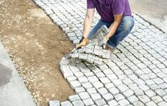 driveway landscaping How to Build a Driveway Apron - This Old House Driveway Apron, Driveway Edging, Diy Driveway, Gravel Driveway, Driveway Entrance, Driveway Landscaping, Landscaping Ideas, Modern Driveway, Driveway Lighting