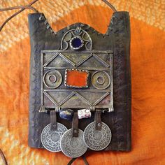 Vintage Moroccan Leather Neckpurse, decorated with Berber Amulet, Sandcast Beads, Glass & Old Coins