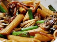 Receita Prato Principal : Penne com shimeji (vegana) de Cantinho Vegetariano
