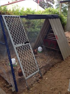 Side view chicken coop from swing set