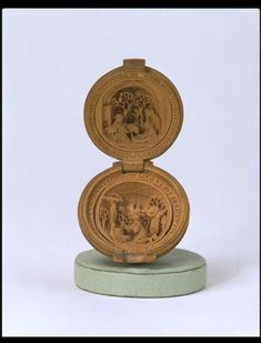 Rosary bead by Dirksz, Adam - V & A, ca 1510-1520, Rosary bead scenes from the life of St Jerome, carved boxwood