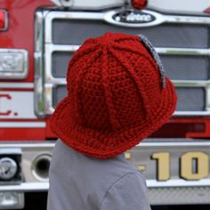 Firefighter Helmet - Crochet Pattern - Permission to sell finished items Crochet Cap, Crochet Baby Hats, Crochet Beanie, Crochet For Kids, Knitted Hats, Crochet Crafts, Crochet Projects, Fireman Hat, Kids Hats