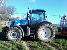 Tracteur New Holland TSA 125