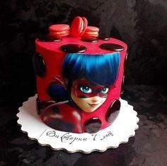 Who wants cake? Miraculous Ladybug Party, Ladybug Cakes, Ladybug Cake Pops, Homemade Birthday Cakes, Barbie Cake, Girl Cakes, Cute Cakes, Cake Creations, Party Cakes
