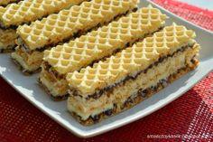 Smaczny kąsek: Wafel kokosowy Sweet Desserts, No Bake Desserts, Sweet Recipes, Dessert Recipes, Wafer Cookies, No Bake Cookies, No Bake Cake, Polish Desserts, Polish Recipes