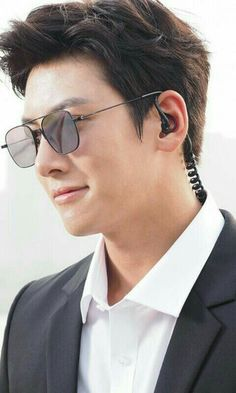 Ji Chang-wook busts out the action moves for his new thriller The Ji Chang Wook Healer, Ji Chang Wook Smile, Jung So Min, The K2 Korean Drama, Ji Chang Wook Photoshoot, Park Hae Jin, Empress Ki, Seo Kang Joon, Handsome Korean Actors