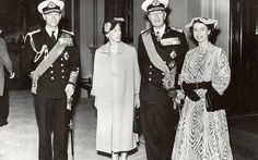The Queen with Prince Philip, King Gustaf VI Adolf of Sweden and his wife Queen Louise in June 1954 (Keystone/Alamy)
