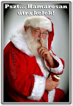 ✴Buon Natale e Felice Anno Nuovo✴Merry Christmas and Happy New Year✴ Christmas Trivia, Father Christmas, Santa Christmas, Christmas Activities, Christmas Facts, Christmas Trees, Christmas Decor, Xmas, Holiday Decor