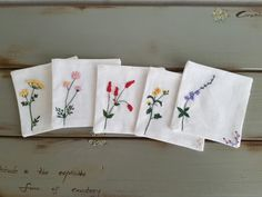 """수놓는순남씨 네번째 이야기는 """"야생화 차 받침""""이에요. 꽃다발을 선물 받은 기분이예요. 찻잔 놓고 우아하... Hand Embroidery Flowers, Embroidery Patterns, Couture, Crochet, Floral Prints, Cross Stitch, Textiles, Sewing, Elsa"""