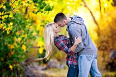 engagement photo! Love the fall leaves in the background