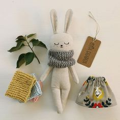 fabric toys Nice bunny doll made with organic linen and cotton fabric. She wears a grey dress, with floral and deer pattern, and yellow hand-knitted scarf, all organic cotton. Stuffed Animals, Stuffed Toy, Bunny Toys, Bunny Plush, Bunnies, Bunny Girls, Fabric Toys, Crochet Bunny, Hand Crochet