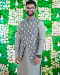 Monotonous Kurta Pyjama with Jacket Indian Wedding Clothes For Men, Wedding Outfits For Groom, Wedding Dress Men, Indian Men Fashion, Mens Fashion Wear, Ethnic Fashion, Men's Fashion, Traditional Kurta For Men, Kurta Men