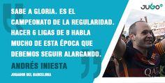 Andrés Iniesta celebra el campeonato del FC Barcelona.   #somosJUGOtv