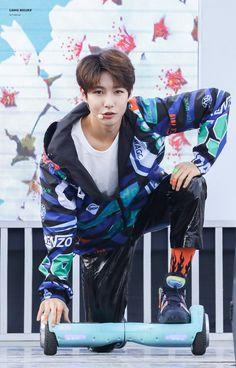 黄仁俊 • 엔시티 Taeyong, Jaehyun, Nct U Members, Nct Dream Members, Huang Renjun, Fandom, Jung Woo, K Idol, Ji Sung