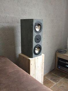 Concrete-look Visaton Aria 2 speakers!