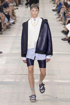 Louis Vuitton | Menswear - Spring 2018 | Look 4