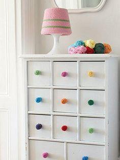 Wool Balls as Dresser Handles-- so cute! Nursery Storage, Bedroom Storage, Rainbow Bedroom, Rainbow Room Kids, Yarn Storage, Knitting Storage, Diy Storage, Diy Drawers, Storage Drawers