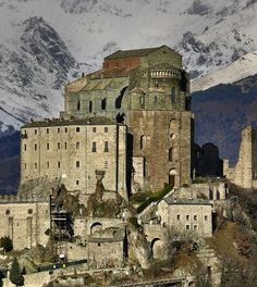 The Sacra di San Michele, an imposing Medieval abbey which overlooks the whole Susa valley, 50 km west of Turin, Italy. Piedmont Region, Piedmont Italy, Turin Italy, Places Around The World, Around The Worlds, Postcards From Italy, Susa, Château Fort, Saint Michel
