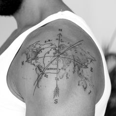 Dominik theWHO Tattoo map of the world compass - Tattoo ideen - Tatouage Foot Tattoos, Body Art Tattoos, Sleeve Tattoos, Mens Tattoos, Tribal Tattoos, Compass Tattoo, Inspirational Tattoos For Guys, Globus Tattoos, Karten Tattoos