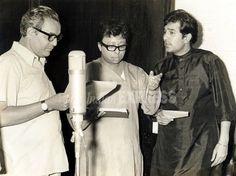 Mukesh, R. Burman and Rajesh Khanna. R D Burman, Vinod Khanna, Innocent Person, Rajesh Khanna, National Film Awards, Bollywood Pictures, Vintage Bollywood, Film Industry, Superstar
