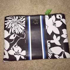 C WONDER COSMETIC CASE NWT. Black and white flower c wonder cosmetic case. C wonder Bags Cosmetic Bags & Cases