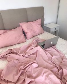 Dream Rooms, Dream Bedroom, Room Ideas Bedroom, Bedroom Decor, Pretty Room, Room Goals, Aesthetic Room Decor, House Rooms, My Room