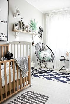 mix and match patterns #nursery #design #homedecor. I love this!