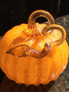 My San Jose State Guild hand-blown glass pumpkin. I picked this pumpkin at the BAGI glass pumpkin patch in Palo Alto, CA. Glass Pumpkins, Fall Pumpkins, Porcelain Ceramics, Ceramic Bowls, Pumpkin Dishes, Glass Figurines, Opaline, Fall Decorating, Gourd