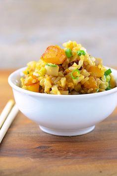 Butternut Squash Fried Rice (about 240 calories per serving) #vegan #glutenfree #vegetarian