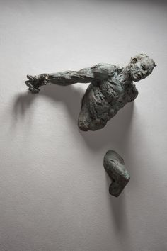 Matteo Pugliese, Kriya, 2014, bronzo, 71,5 x 57 x 21 cm #contemporary #art #sculpture