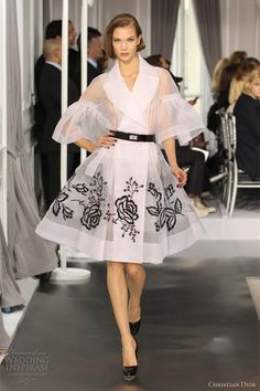 OMG! Gotta love Christian Dior. So pumped that the elegance of the 50's is coming back into style. Makes me giddy