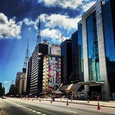 Nem sempre a Paulista se chamou Avenida Paulista.   25 fotos que são uma declaração de amor à avenida Paulista