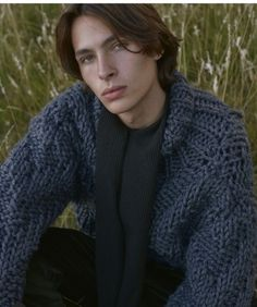 Mohair, Angora, Alpaca, Icelandic Wool - Retro, Vintage & Contemporary Sweaters with thousands of photos Boys Long Hairstyles, Retro Hairstyles, Boys Sweaters, Men Sweater, Angora Sweater, Turtleneck, Chunky Knitwear, Icelandic Sweaters, Pullover