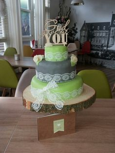 Wedding cake green&gray with lace Green And Grey, Gray, Wedding Cakes, Lace, Desserts, Food, Wedding Gown Cakes, Tailgate Desserts, Deserts