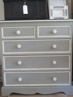 Country Grey and Old White details turned this nasty looking orange pine chest of drawers into something special. White Painted Furniture, Grey Furniture, Paint Furniture, Upcycled Furniture, Furniture Makeover, Furniture Decor, Grey Chest Of Drawers, Chest Of Drawers Makeover, White Drawers