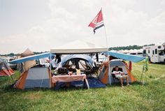 15 must haves for your festival campsite! | Sidnee Shares