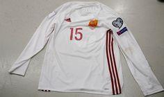 OFICIAL | Comunicado sobre la polémica acerca de la camiseta del internacional Gerard Piqué | SEFutbol