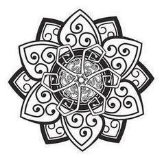 Resultado de imagem para tatuagens celtas costas