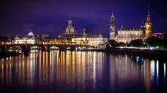 Nieuw in mijn Werk aan de Muur shop: Elbe in Dresden, tijdens de nacht